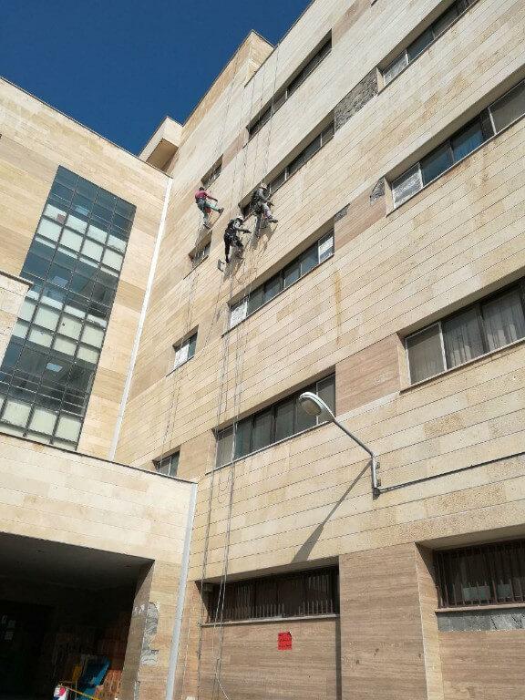 پیچ و رولپلاک نما بدون داربست-بیمارستان اراک